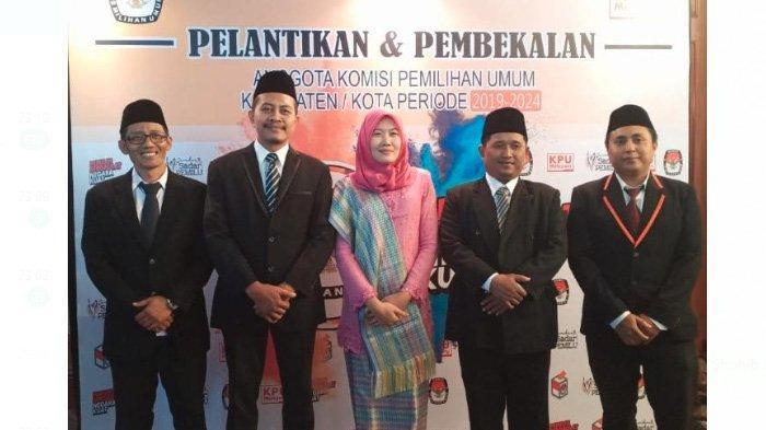 Lima Komisioner KPU Kabupaten Lamongan Resmi Dilantik, Sosok Ahmad Shobib Dinilai Istimewa