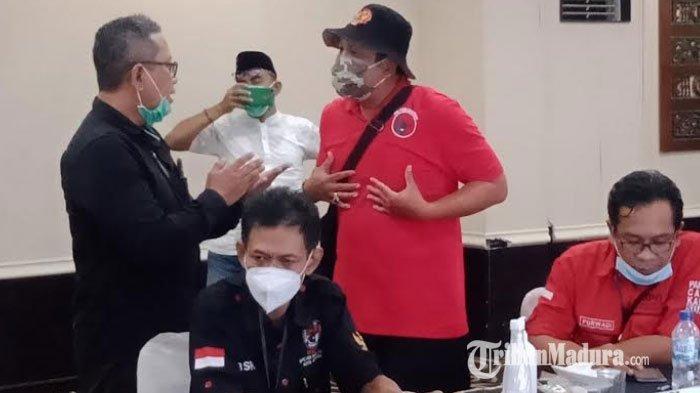 Penetapan Rekapitulasi Pilkada Surabaya 2020 Ditunda, Tim Saksi Pasangan Calon Nomor Urut 1 Protes