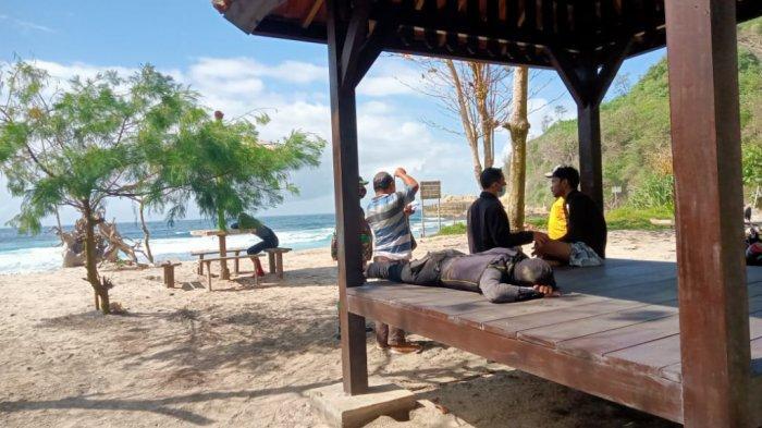 Kapal Pecah Dihantam Ombak, 2 Nelayan Hilang di Pantai Ngalur Tulungagung, Menyelam Pakai Kompresor