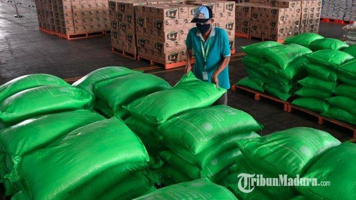Panca Wira Usaha Batasi Jumlah Pembelian Gula di Lumbung Pangan Jatim, Costumer Cuma Boleh Beli 2 Kg