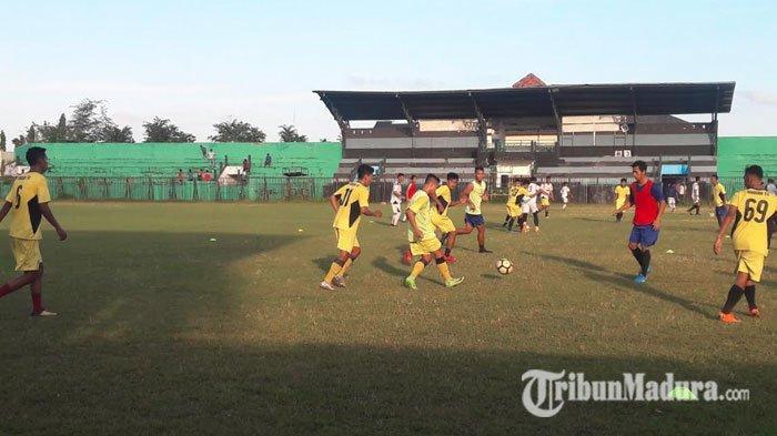 Madura FC Terus Matangkan Persiapan Jelang Liga 2 Indonesia, Jalani Uji Coba dengan Tim Lokal