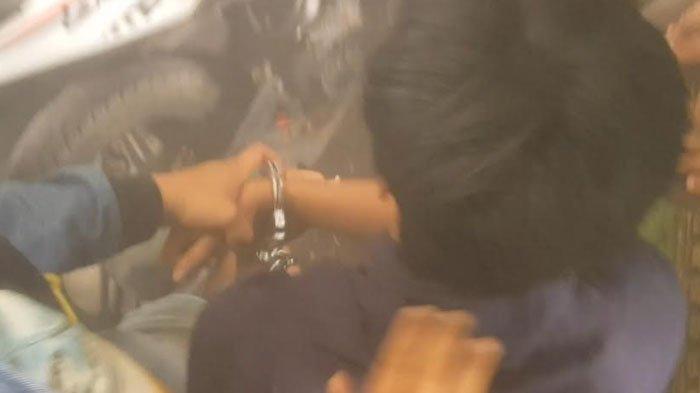 Demo di Depan Kantor Disperindag Sumenep Berakhir Ricuh, 1 Mahasiswa Diduga Jadi Korban Kekerasan