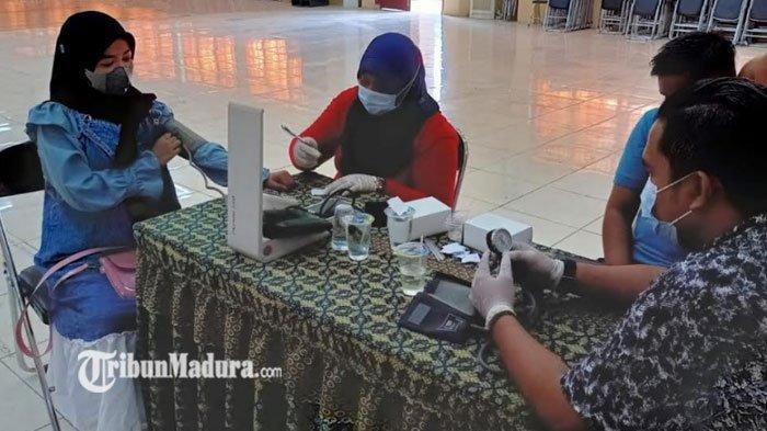 Demi Percepatan Vaksinasi, Polres Pamekasan Gelar Vaksinasi Presisi Merdeka di IAIN Madura