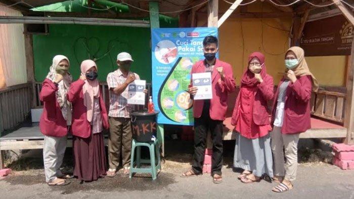 Mahasiswa UMM Gagas Hidup Sehat Cegah Covid-19 di Bugih Pamekasan, Bangun 2 Tempat Cuci Tangan