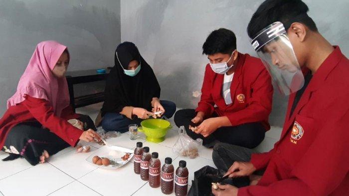 Mahasiswa Muhammadiyah Malang Ajak Masyarakat Sampang Madura Melawan Covid-19 Melalui Wedang Pokak