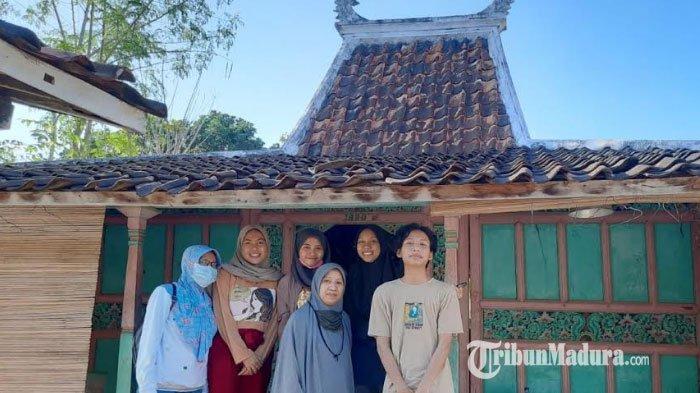 Program Pengabdian Masyarakat, Mahasiswa UMM Ciptakan Pojok Baca di Desa Larangan Luar Pamekasan
