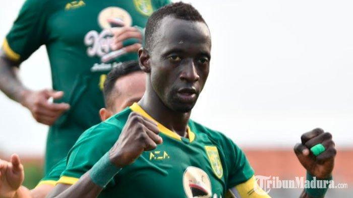 Aji Santoso TunjukMakan KonateJadi Kapten Utama Persebaya pada Liga 1 2020, Sang Pemain Akui Kaget