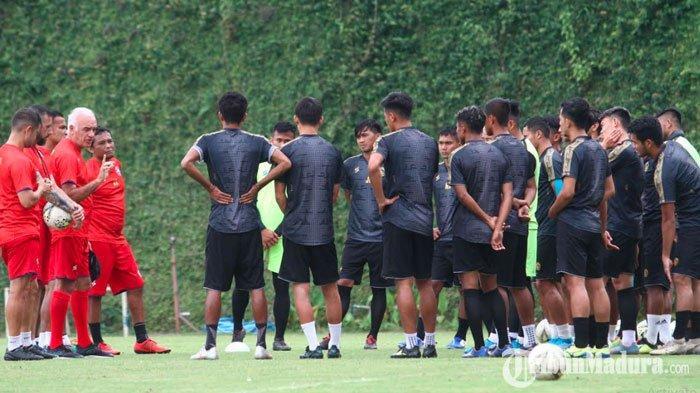 Kompetisi Liga 1 2020 Dihentikan Sementara Karena Virus Corona,Pemain Arema FC Dapat Libur 5 Hari