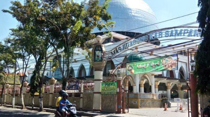 Cegah Covid-19, Masjid Agung Sampang Tetap Gelar Salat Idul Fitri dengan Protokol Kesehatan Ketat