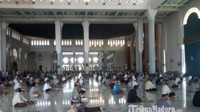 Masjid Al Akbar Surabaya Kembali Gelar Salat Jumat Berjamaah, Terapkan Protokol Kesehatan