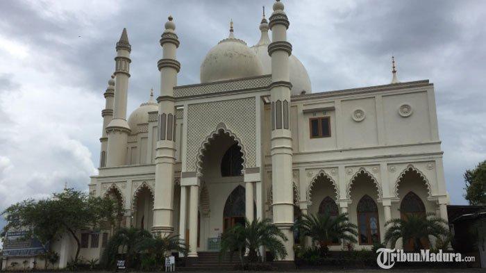 MengenalMasjid Mewah yang MiripTajmahal di Malang, Butuh Lima Tahun untuk Membangunnya