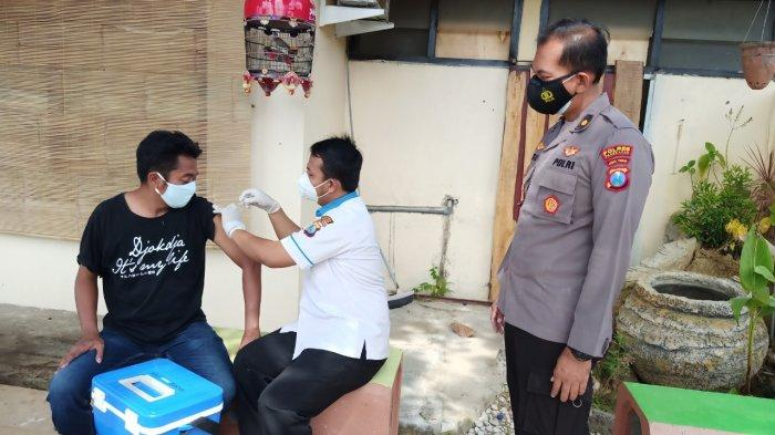 Polres Pamekasan Makin Gencar Vaksinasi Covid-19 ke Rumah Warga, Percepat Terbentuknya Herd Immunity