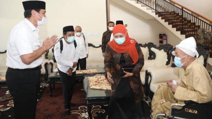 Menkomarves Luhut PandjaitanSilaturahmi ke Kediaman Ulama Keturunan Kiai Syaichona Cholil Bangkalan