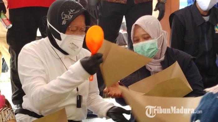 Kunjungi Jember, Mensos Risma Tinjau Lokasi Terdampak Banjir: Ponpes Arrosyid & Balai Desa Wonoasri