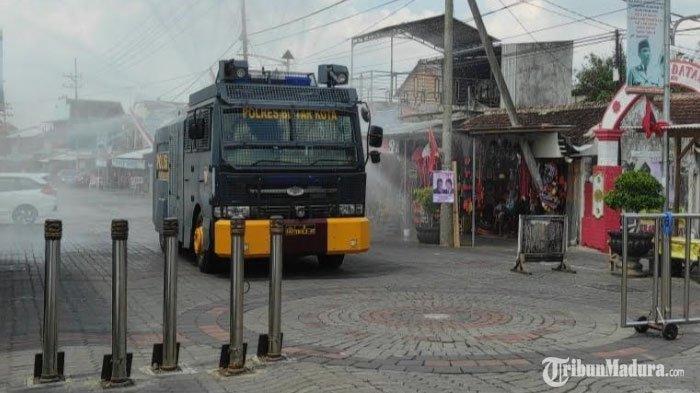 Tempat Wisata di Kota Blitar Disemprot Disinfektan, Cegah Penyebaran Covid-19 di Masa Libur Panjang