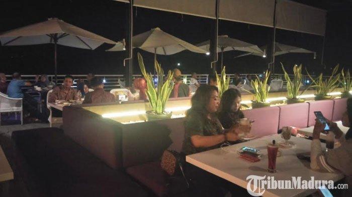 Mezzo Sky Lounge Cafe, Tempat Nongkrong Kekinian dari Lantai 6Hotel Front One Pamekasan