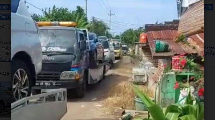 Aksi Warga Satu Desa di Tuban Beli Ratusan Mobil Baru Picu Kekhawatiran, 'Buat untuk Usaha Sedikit'