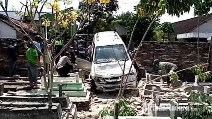 Warga Tulungagung yang Meninggal Setelah Mobil Tabrak Tembok Makam Diduga Mengalami Serangan Jantung