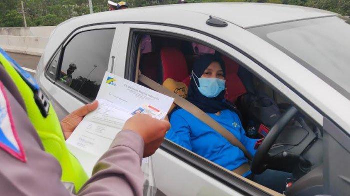 Info Penyekatan Mudik 2021: Banyak Pengemudi Tak Bawa Surat Swab Test Antigen di Pintu Tol Malang