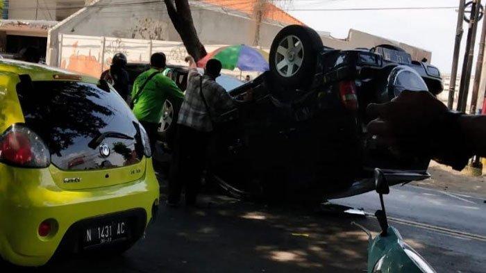 Aksi Ugal-Ugalan di Jalan Berujung Kecelakaan di Malang, Sempat Banting Setir Hingga Terguling