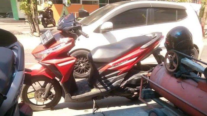 Melintas di Jalan Karah Surabaya, Dua Pemuda Dihentikan Segerombolan Orang, Motornya Dirampas