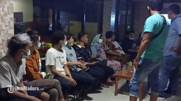 23 Muda Mudi di Pamekasan Ditangkap, Kepergok Pesta Miras hingga Mesum di Kamar Kos Jelang Ramadan