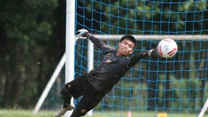 Utam Rusdiana Absen Lama, Arema FC Panggil Kiper Arema U-20, 'Kurnia Meiga' KW