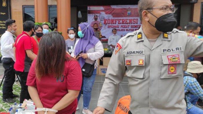 Iming-imingi Uang dan Ponsel, Muncikari Jual Siswi SMA ke Pria Hidung Belang dengan Tarif Rp300 Ribu