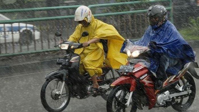 Waspada, Hujan Lebat akan Turun di Wilayah Madura Selama Sepekan ke Depan, BPBD Lakukan Upaya ini