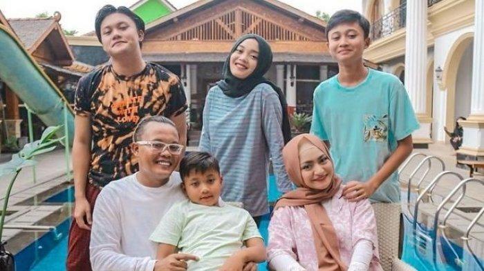 Sule Kesepian Tak Diperhatikan Empat Anaknya, Rizky Febian Urus Konser, Suami Nathalie: Jangan Sibuk