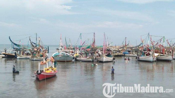 Nelayan di Pamekasan Diimbau Tak Melaut,Gelombang Tinggi DampakFenomenaSupermoon