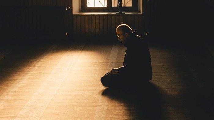 Doa Setelah Salat Tarawih dan Doa Setelah Salat Witir, Dilengkapi Bacaan Doa Kamilin