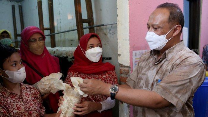 Ada Aduan Soal Lingkungan di Surabaya? Sila Kirim ke Kontak WhatsApp DLH Surabaya Ini