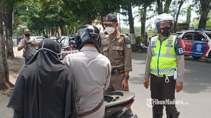 Operasi yustisi di Desa Tulungrejo Kecamatan Pare Kabupaten Kediri