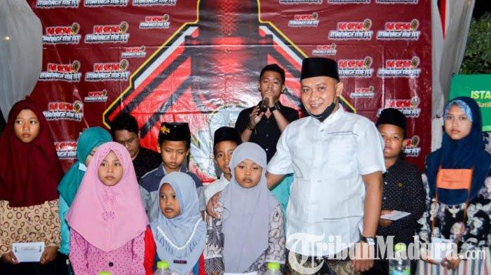 Berbagi Berkah di Bulan Ramadan 2021, Owner Batik KaDe Pamekasan Santuni Puluhan Anak Yatim