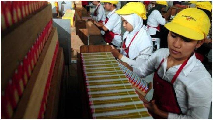 46 Karyawan Pabrik Rokok Sampoerna Rungkut Surabaya Jalani Test PCR Susulan di RSUD Dr Soetomo