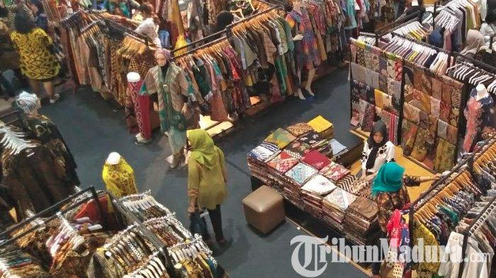 Cegah Kerumuman Pembeli Jelang Lebaran, Satpol PP Surabaya Gencar Patroli di Pusat Perbelanjaan