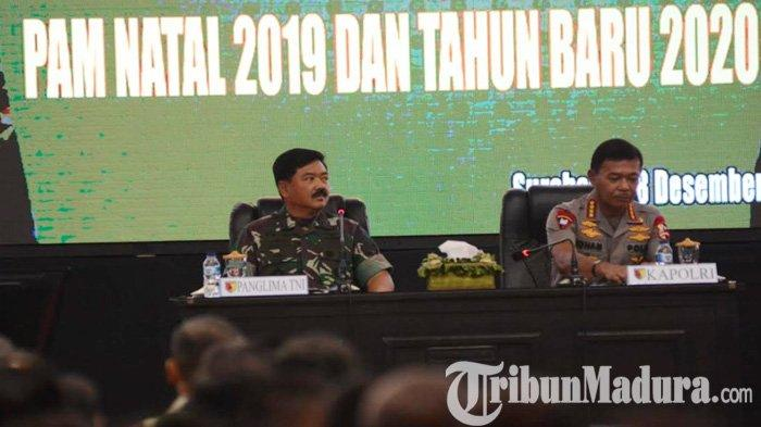 Jelang Natal Tahun Baru, Panglima TNI & Kapolri Beri Pembekalan Ribuan Prajurit Terlatih di Surabaya