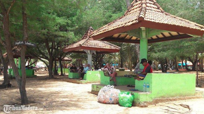 AlokasiAPBD Sumenep untuk Wisata hanya 20 Persen, JalanMenuju Pantai Slopeng Tak Maksimal