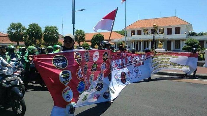 Demo Frontal Jilid 2, Ribuan Driver Online se-Jawa Timur Telah Tiba di Kantor Grab Cabang Surabaya