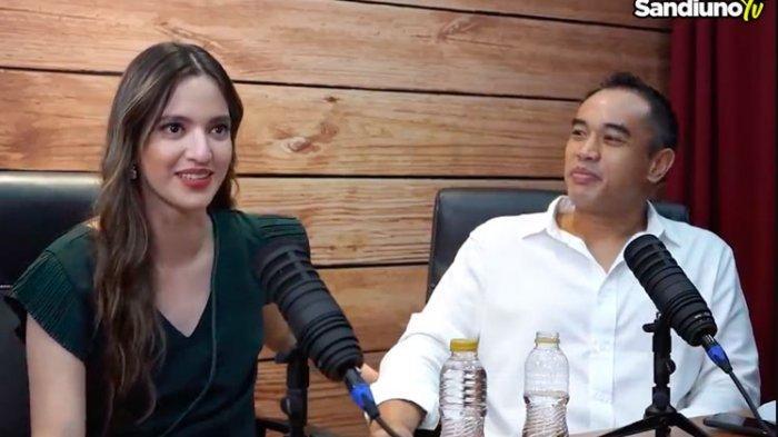 Pasangan Nia Ramadhani dan Ardi Bakrie menjadi tamu di vlog Sandiaga Uno di YouTube.