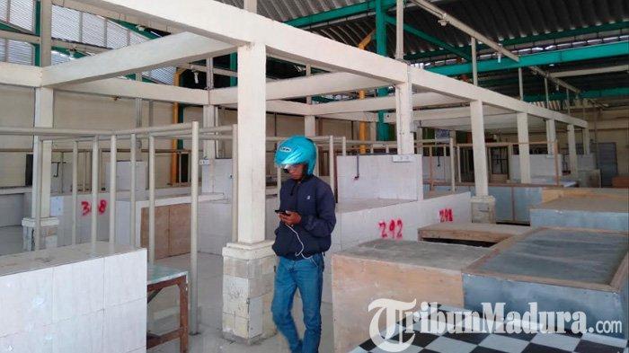 Mbalelo, Pemkab Sampang Cabut 57 Los Milik Pedagang di Pasar Margalela