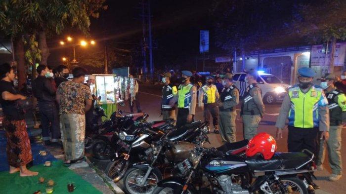 Antisipasi Balapan Liar & Kerumunan di Malam Minggu, Polres Kediri Kota dan Satpol PP Gelar Patroli