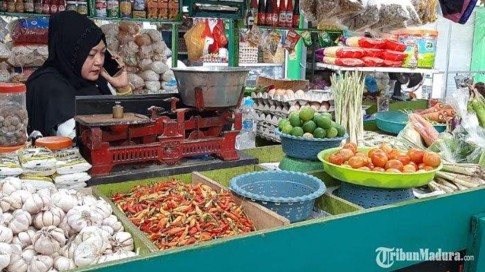 Akibat Hujan, Harga Cabai dan Tomat di Situbondo Melonjak, Harga Cabai Capai Rp 60 Ribu Per Kg
