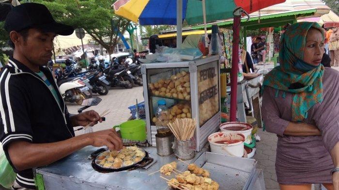 Tingkatkan Kelayakan Makanan,Wali Kota Madiun Ingin Pedagang Pentol di Sekolah PunyaID Card