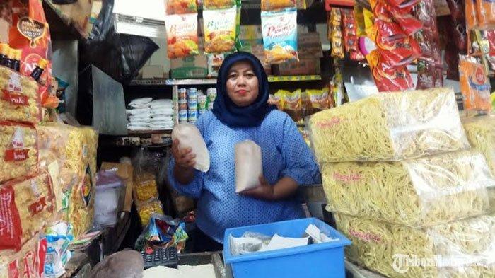 Surabaya Masuk Zona Merah Virus Corona, Pedagang Pasar Tradisional Mengeluh Ditinggal Pembeli