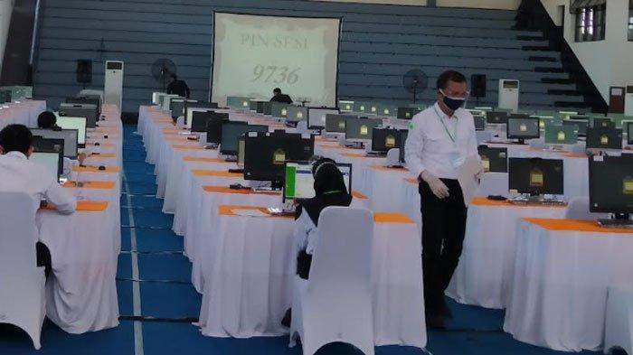 Pelaksanaan SKD CPNS 2021 Pemkot Surabaya Diwarnai Kendala Internet, Peserta Tunda Tes 20 Menit