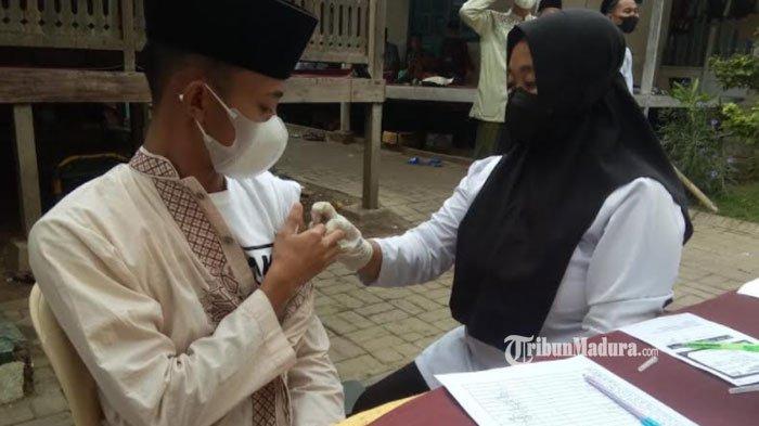 Vaksinasi Covid-19 di Sampang Mulai Menyasar Lingkungan Ponpes, Vaksin yang Disediakan Jenis Sinovac