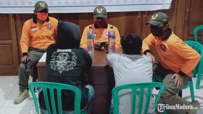 Bukannya Ibadah saat Puasa Ramadan, 2 Pemuda di Kediri Ini Malah Gelar Pesta Miras, Lihat Endingnya