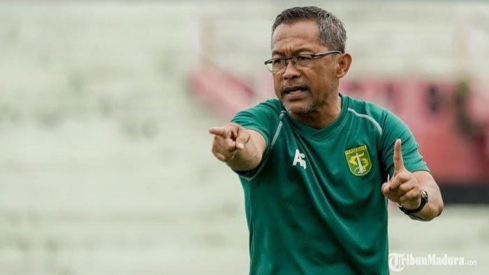 Tetap Latihan, Aji Santoso Bersiasat agar Gairah Berlatih Pemain Persebaya Surabaya Tidak Menurun